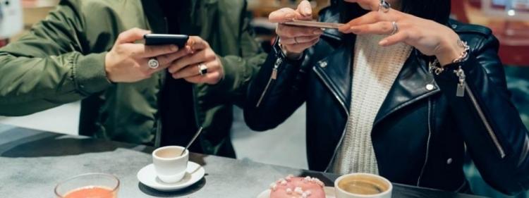 PoderMail | Mailing Masivo | Cómo marcas y empresas han terminados hartas del influencer gorrón