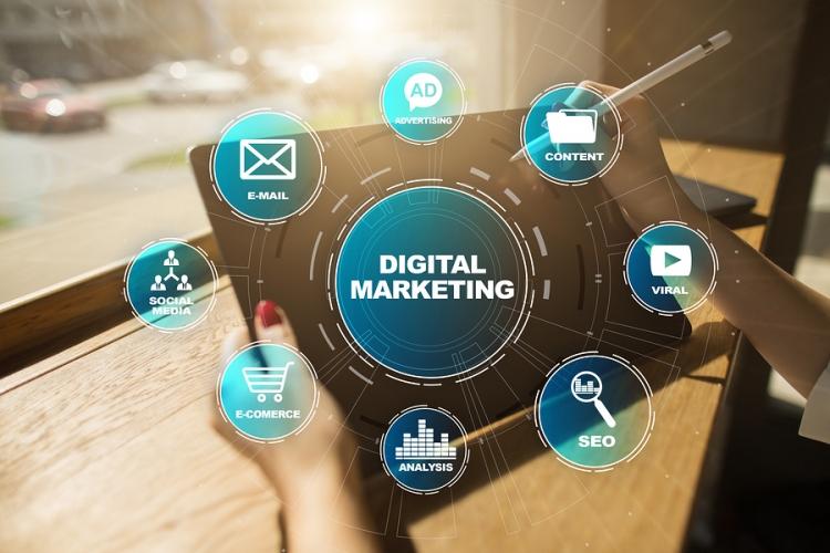PoderMail | Mailing Masivo | Las 5 cifras que revelan cómo se comporta el mexicano con la publicidad digital.