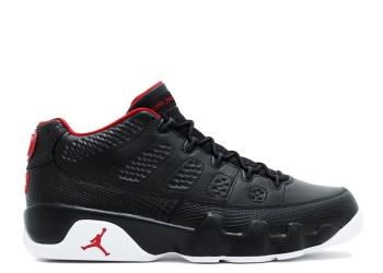 Traphouse Sneakers | Air Jordan 9 retro low bred