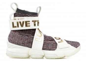 Traphouse Sneakers | LEBRON XV LIF KITH