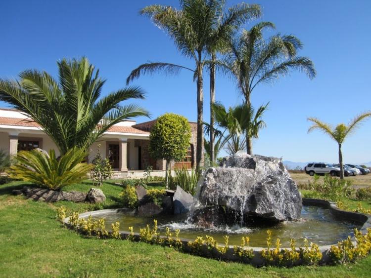 Terreno en Hacienda Real 1800 de $ 250,000 Pesos