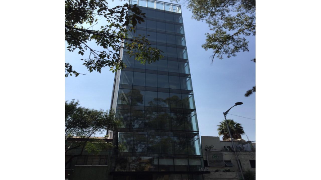 Tenemos una Oficina en el 1er piso en Polanco de 150M2