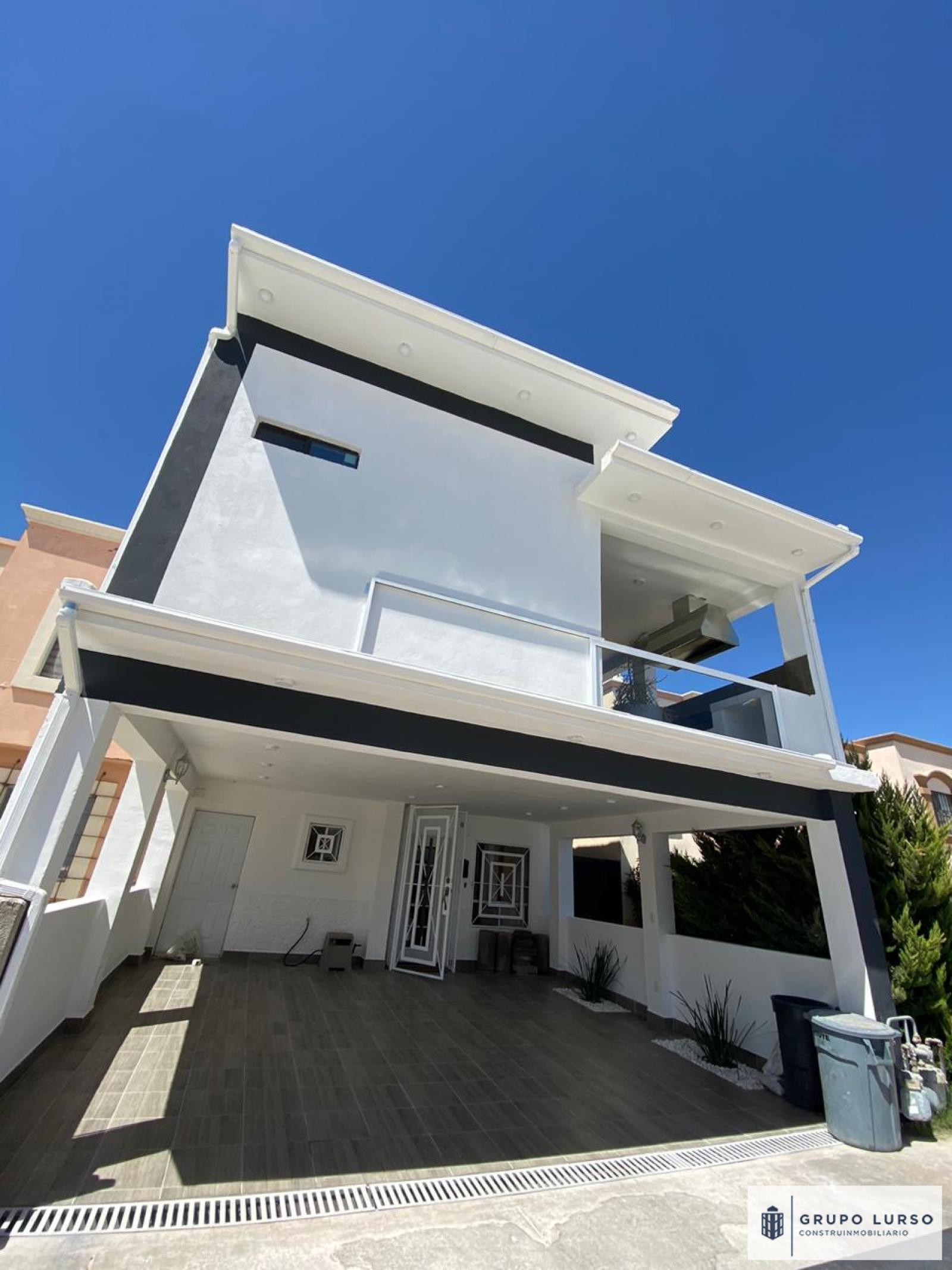No Disponible - Se vende hermosa casa recién remodelada, por la valle del sol / área sendero